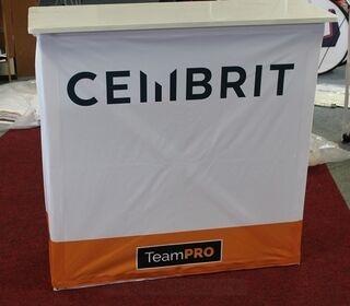 Pöytä Cembrit